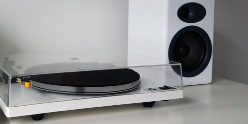 Can I Connect My Turntable Directly To Speakers?
