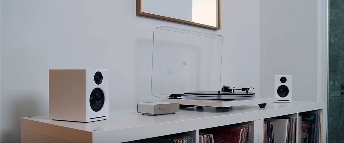 speakers for vinyl on a table
